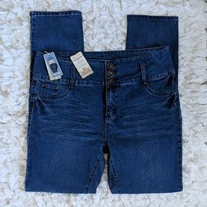 HECTIK HIGH WAIST SKINNY JEANS SIZE 17